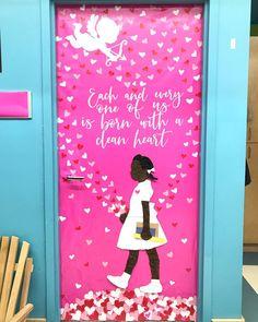 History Classroom Decorations, School Door Decorations, Kwanzaa, History Bulletin Boards, Black History Month Activities, Teacher Doors, School Doors, Art Classroom, Classroom Quotes