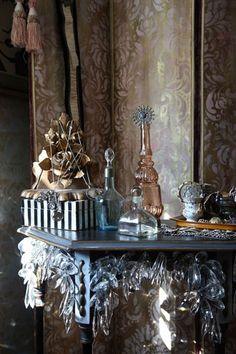 Florentine Damask wall stencil on furniture. Gorgeous floor screen by Lauren Tennenbaum. http://www.royaldesignstudio.com/