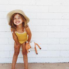 I hope that\'s how she keeps smiling until she\'s 30. #cheezer #keeptheboysaway #ihopeshelikeslizards #sweetstellajones #fromtheotherday