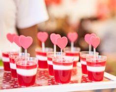 Ideas para organizar una fiesta infantil de San Valentín en casa postres