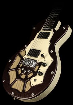 Here's a funky lookin' Lindert Conductor Bass 6. Music Zoo claims it is a really unique instrument that is unlike anything they've ever seen before. It is certainly nothing I've seen before.