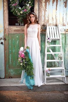 Promise Lace Bodice & Floaty Chiffon Skirt Wedding Dress | Amanda Wyatt Promises of Love Bridal Collection | http://www.rockmywedding.co.uk/promises-of-love-from-amanda-wyatt-2/