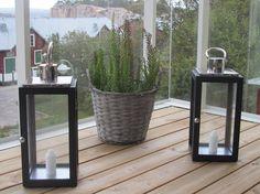 Lyhdyt ja makasiinit Villa, Plants, Plant, Fork, Villas, Planets