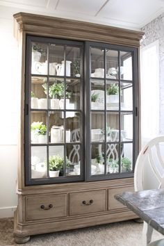How I Gave a $100 Cabinet a Restoration Hardware Look by Dale Marie @bloomindiyer #farmhousedecor #diydecor #chalkpaint #chalkpaintproject #chalkpainting #farmhousestyle #farmhousedecor Paint Furniture, Furniture Projects, Furniture Makeover, Home Projects, Home Furniture, Restoring Furniture, Furniture Design, Chair Design, Design Design