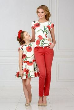 Mommy and Me Fashion / Matching Outfits Mom Daughter Matching Outfits, Mommy Daughter Dresses, Mom And Baby Outfits, Mother Daughter Fashion, Family Outfits, Kids Outfits, Look Fashion, Baby Dress, Girls Dresses