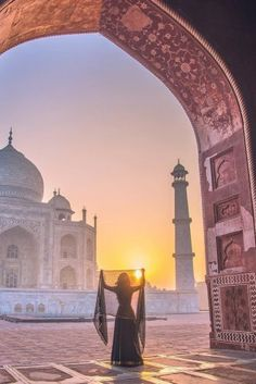 The Best Honeymoon Destinations In 2017 ❤ See more: www.weddingforwar… The Best Honeymoon Destinations In 2017 ❤ See more: Tourist Places, Places To Travel, Places To Visit, Photography Poses, Travel Photography, Taj Mahal, Popular Honeymoon Destinations, Travel Destinations, Travel Pose