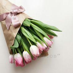 Букет из 11 Тюльпанов в Крафте