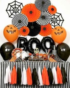 Need Halloween decorations for an upcoming party? Find great boo-tiful DIY decorations for indoors and outdoors to make the n=best Halloween party ever. Halloween 2018, Halloween Party Themes, Halloween Tags, Diy Halloween Decorations, Holidays Halloween, Halloween Backdrop, Halloween Birthday Parties, Pumpkin Decorations, Halloween Party Ideas For Adults