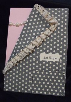 Julia's Cards: a lacey ladies card