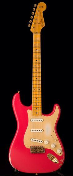 FENDER Custom Shop 1956 Relic Stratocaster in Fiesta Red