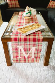 LOVE, burlap ♥ We can customize the perfect holiday plaid table runner for any table! Visit our Etsy shop to order yours soon! ♥ https://www.etsy.com/shop/loveburlap
