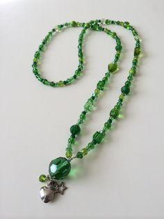 Lange groene ketting