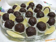 Ananásové krémové guľky