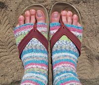 COOL! Flip Flop Socks to knit on 9 inch circulars. Love these needles. FREE Pattern- Ravelry: Flip Flop Socks pattern by Michele C Meadows