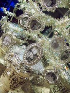 Beautiful  Christmas Memory Tree