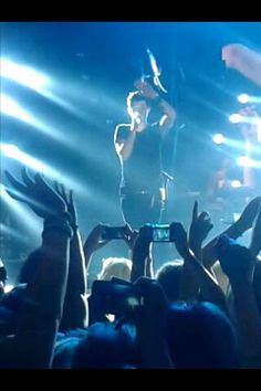 Danny waving at me ye