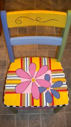 chair--use vinyl clings and varnish over them instead of trying to paint. Art Furniture, Funky Furniture, Recycled Furniture, Colorful Furniture, Furniture Makeover, Antique Furniture, Painted Kids Chairs, Whimsical Painted Furniture, Painted Stools