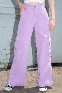 Tatum Corduroy Cargo Pants from Brandy Melville on 21 Buttons Indie Outfits, Cute Outfits, Fashion Outfits, Purple Pants Outfit, Purple Jeans, Winter Outfits Women, Outfits For Teens, Corduroy Pants, Cargo Pants