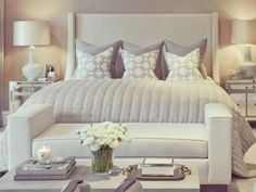 Modern Style Bedroom Design Ideas and Pictures. The modern bedroom should be as beautiful as it is comfortable. To help you create your dream bedroom suite. Modern Master Bedroom, Master Bedroom Design, Dream Bedroom, Home Decor Bedroom, Bedroom Furniture, Furniture Decor, Bedroom Designs, Master Bedrooms, Contemporary Bedroom