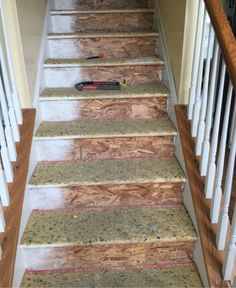 A Staircase Remodel: Carpet removal and Prep (Step Stairs Staircase Makeover) Narrow Staircase, Wood Staircase, Staircase Remodel, Modern Staircase, Tile Stairs, Carpet Stairs, Stairs Upgrade, Stair Newel Post, Stair Risers