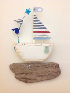 Handcrafted wooden sail boat with driftwood von ticketyboodesigns, £19.50