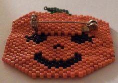 Brick Stitch Pumpkin Pin Pattern - Beadwork