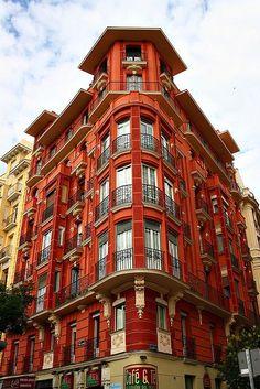 Casa de la Plaza Manuel Becerra. Madrid