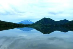 Lagoon of Atescatempa and the volcano of Suchitan in Jutiapa. Photo by Nancy Guzman   Only the best of Guatemala
