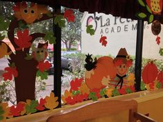 Easy Fall Crafts, Diy And Crafts, Crafts For Kids, Arts And Crafts, Felt Leaves, Fall Preschool, School Decorations, Window Art, Autumn Art