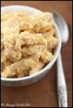 skinny crock pot mac and cheese....this site has tons of skinny crock pot recipes