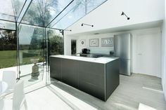 Glass House in Winchester, England by AR Design Studio