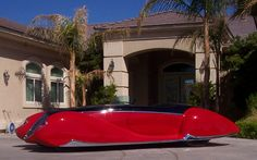 The last car to leave the shop of Boyd Coddington called 'The French Connection'. It was created as a tribute to the Delahaye T-165 roadster (built to showcase the Delahaye name at the 1939 World's Fair).