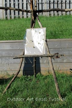 How to build an art easel out of sticks!  This outdoor easel is idea for nature crafts, but any art is better outside!  www.HowWeeLearn.com