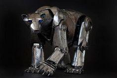 Steampunk sculpture by American sculptor Andrew Chase Arte Robot, Robot Art, Robots, Animal Sculptures, Sculpture Art, Metal Sculptures, Steampunk Kunst, Steampunk Animals, Robot Animal