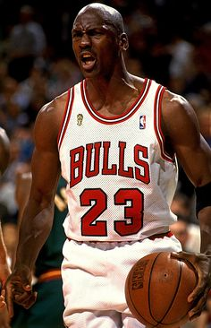 Michael Jordan, and The Chicago Bulls! Michael Jordan Basketball, Michael Jordan Chicago Bulls, Love And Basketball, Basketball Legends, Sports Basketball, Basketball Players, Jordan 23, Michael Jordan College, Basketball Photos