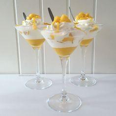 Easy Cake : Mango-white chocolate dessert - Love for baking, Mini Desserts, Chocolate Desserts, Healthy Desserts, Delicious Desserts, Dessert Recipes, Yummy Food, Baking Chocolate, White Chocolate, Vanilla