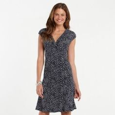 Casual dress Black and white dress for women. Brand new with tags as seen on picture! It's a beautiful dress for any type of occasion. This dress is soo worth it !!  The first picture of the dress is very similar to the dress that im wearing on the pic , the only difference is that the dress is not polka dot as seen on the second and third pic. ❌trades Chaps Dresses Midi