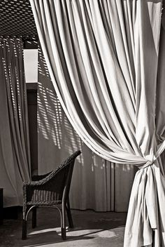Curtains and drapes outdoors #outdoorcurtains #patiopanels #patiodrapes
