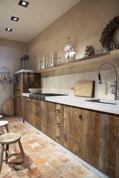 meuble cuisine bois brut, cuisine en bois massif, meubles de cuisine