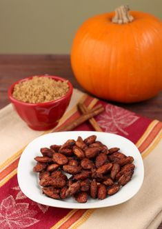 A little snack=Pumpkin Spice Almonds