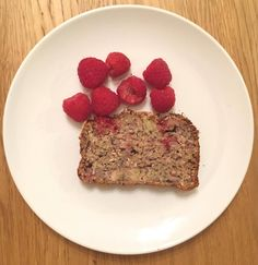 Ava's Raspberry Coconut Breakfast Loaf, no sugar, no salt, naturally sweetened with fruit. Perfect for baby led weaners 6 months+, toddlers and family! Baby Led Weaning First Foods, Weaning Foods, Baby First Foods, Baby Food Recipes, Sweet Recipes, Baking Recipes, Snack Recipes, Toddler Recipes, Kid Recipes