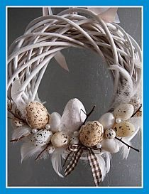 Easter on Stylowi. Easter Wreaths, Holiday Wreaths, Diy Easter Decorations, Easter Parade, Easter Holidays, Easter Crafts, Wreath Crafts, Easter Eggs, Diy And Crafts