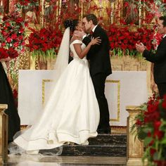 Olivia Pope in 'Scandal' - TV Wedding Dresses, Ranked From Best To Worst - Photos Semi Formal Wedding, Casual Wedding, Worst Wedding Dress, Wedding Gowns, Wedding Day Inspiration, Wedding Ideas, Wedding Movies, Surprise Wedding, Olivia Pope