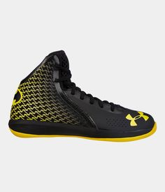 new product 15a05 015ed Boys  UA Torch Grade School Basketball Shoes   Under Armour US Boys  Basketball Shoes,