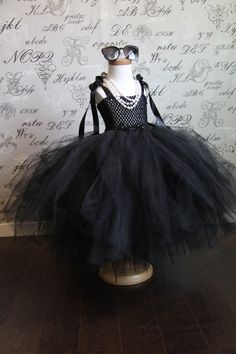 Breakfast at Tiffany's Audrey Hepburn Costume FREE LONG black gloves & glasses tulle dress up Hallowen,Photo Prop,Children Toddler Infant by AuntieLisasBoutique on Etsy https://www.etsy.com/listing/197557670/breakfast-at-tiffanys-audrey-hepburn