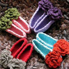 I hate knitted slippers......but maybe hate is too harsh of a word for these cuties!