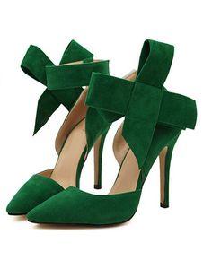 Amazing emerald green heels!