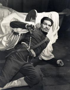 Laurence Olivier as Iago, 1938
