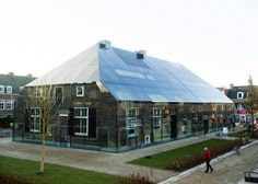 Een glazen boerderij in Schijndel.