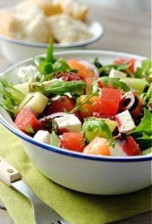 Một món salad dưa hấu cay cay, ngọt ngọt lại vô cùng tươi mát, là một món ăn thích hợp cho những ngày hè nóng bức. #Foodgia